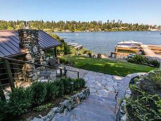 NEW LISTING! Modern waterfront log cabin on Lake Washington