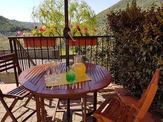 Casa Vacanza- Fra Lunigiana e Cinque Terre- Cappellino di Paglia