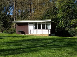 Little Ash 95, Chalet Retreats, Woddland Near New Quay, Wales Self Catering