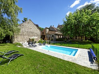 6 bedroom Villa in Perreuse, Bourgogne-Franche-Comte, France : ref 5657602