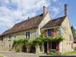 6 bedroom Villa in Perreuse, Bourgogne-Franche-Comte, France : ref 5657602