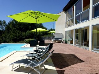 Sable Bas - Contemporary 2 bed PRIVATE POOL