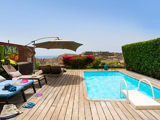 Villa with Pool in Salobre Golf Resort Golfers 2