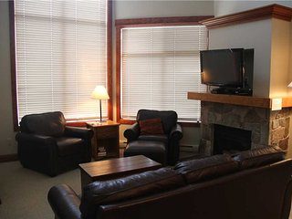 Timberline Lodges - 545 Balsam