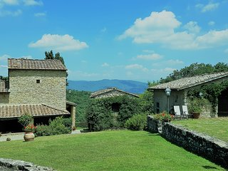 Villa Ripertoli luxury secluded family-owned farmhouse, Tuscany
