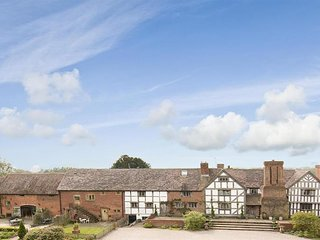 The Granary- Five Star Gold Cottage Near Ludlow in Milson Shropshire