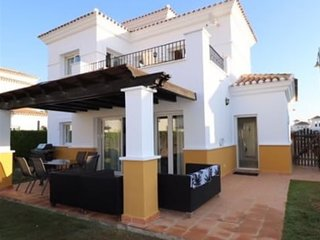 Beautiful 3 double bedroom villa with private pool on golf resort.