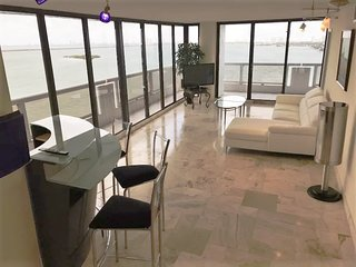 Condo with Great Ocean View 2/2