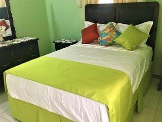 Stunning 2 bed 1 bath villa , Ocho Rios