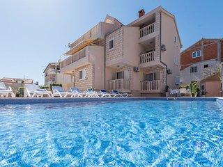5 bedroom Villa in Zaboric, Sibensko-Kninska Zupanija, Croatia : ref 5657651