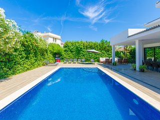 VILLA DIAGONAL - Villa for 14 people in Can Picafort