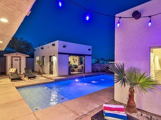 2 Casitas - Top LHC Property - 50+ 5-STAR Reviews - Heated Pool/Spa