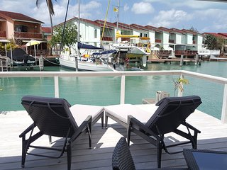 Villa Inah- 2 Bedroom Waterfront Luxury Villa