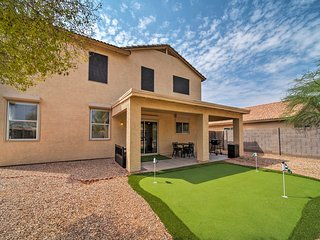 NEW-Home w/Putting Green 4 Mi to Estrella Mtn Park