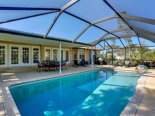 Paradise On Marco - 3 Bedroom Home Close To Beach!