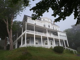 Hillside Landing B&B (Rutherford), vacation rental in Weymouth