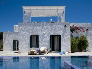 Yria Ktima Luxury Villa