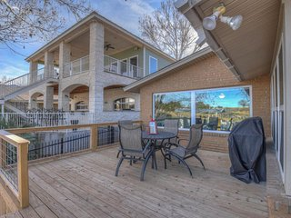 NEW LISTING! Pet-friendly lakefront home with private sun deck and boat lift!