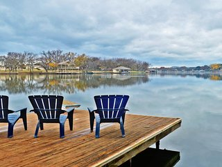 Waterfront, pet-friendly home with two boat lifts!