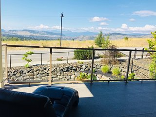 Vernon Home with True Okanagan Lifestyle & View