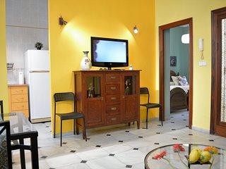 \ Magnifico Apartamento / Céntrico, Garaje, Internet. // OFERTA //