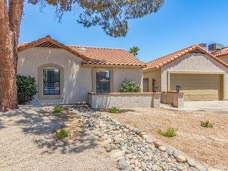 Greenway Sleep 24 Estate by Scottsdale Stays ❤️ Heated Pool-Spa-Volleyball-Bocci