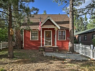 NEW! Big Bear Lake Cabin 3 miles to Ski Resort!