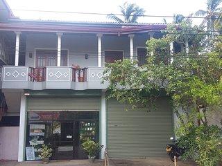 Naotunna Guest House