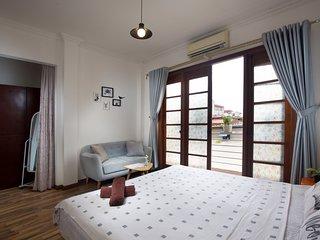 Nice, comfy 4 BR house - Old Quarter