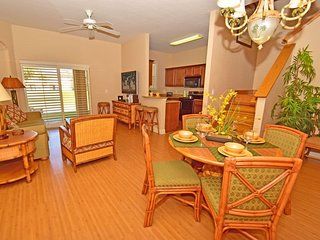 3715CA. Gorgeous 4 Bed 3 Bath Town Home in Regal Palms Resort