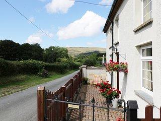 Y BWTHYN, small hamlet, in Bryncrug