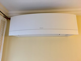 high end brand air conditioning, AC, Klima in both rooms