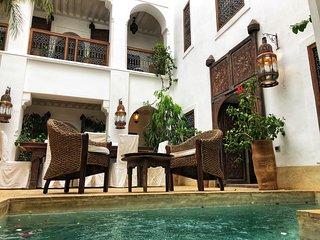 Dar Shariq luxury private rental wifi pool privacy