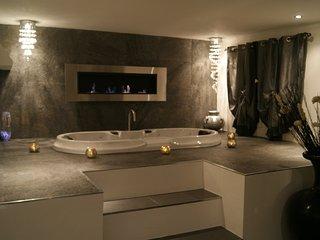 Suite d hotes de charme 100 m2 piscine et jacuzzi privatif