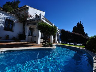 4 bedroom Villa in Mijas La Nueva, Sleeps 8, own pool