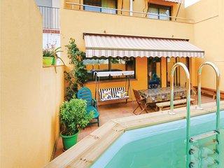 MAKARA  Bonita Casa con piscina y playa a 300m!