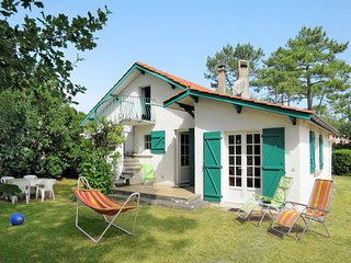 2 bedroom Villa in Montalivet-les-Bains, Nouvelle-Aquitaine, France : ref 565779