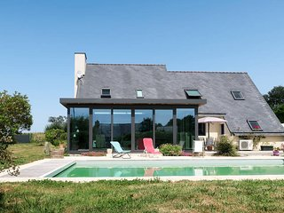 3 bedroom Villa in Quéménéven, Brittany, France : ref 5657636