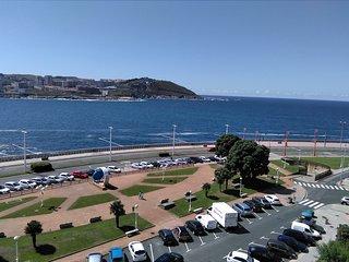 Paseo Marítimo. Primera Línea. A Coruña.