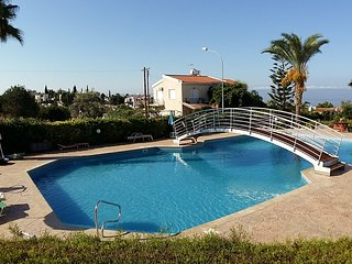 Penthouse Apartment,  SeaView, large Pool, Balcony, Wi-Fi, Smart TV 49'