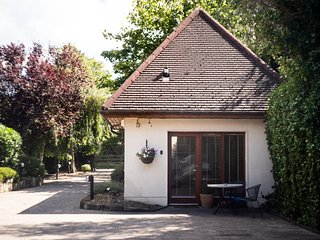 The 'Lodge' at Bodenlodge This Unique & Private one bedroom Lodge just for you !