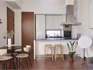 Central Madrid Apartment with Equipped Kitchenette and FREE Wi-Fi