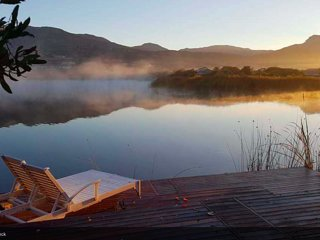 Lake Shack - Cape Town Haven in Secure Estate near Noordhoek Long Beach