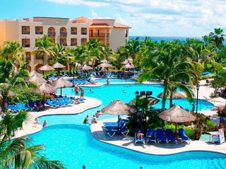 INCREDIBLE LUXURY 5 STAR SANDOS ALL INCLUSIVE RESORT IN PLAYA DEL CARMEN, MEXICO
