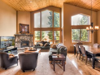 Quality Home W/ Large Game Room & Tahoe Donner HOA