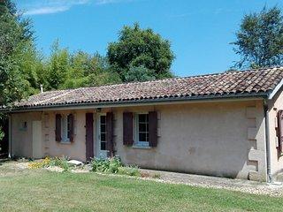 Loue maison a la campagne (33), prox. Saint Emilion, 4 couchages