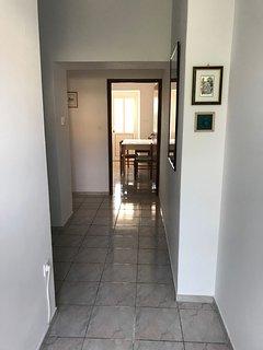 A2 (4): hallway