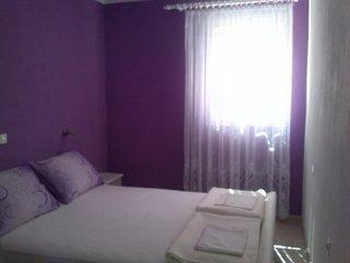 Pag Apartment Sleeps 6 - 5658190