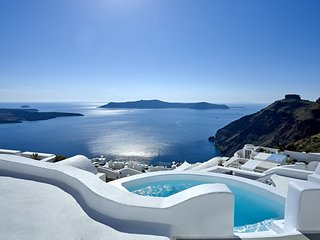 Nautilus - 3 Bedroom Villa at Santorini - Book Now