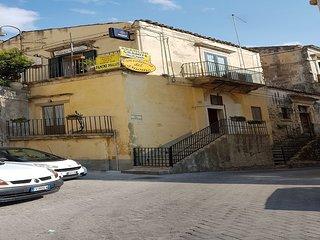 Casa del Duomo Modica 'Ai piedi di San Giorgio'